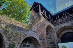 Μεσαιωνική πόλης πύλη σε μέτριο HDR Στοκ φωτογραφίες με δικαίωμα ελεύθερης χρήσης