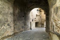 Μεσαιωνική πόλη Sighisoara, Ρουμανία οδός Στοκ Φωτογραφία