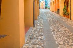 Μεσαιωνική σκεπαστή είσοδος πρόσοψης οδών Στοκ φωτογραφίες με δικαίωμα ελεύθερης χρήσης