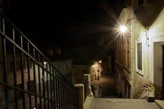 Μεσαιωνική σκοτεινή παλαιά οδός στοκ φωτογραφίες