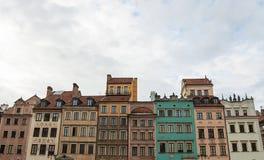 Μεσαιωνική χαρακτηριστική αρχιτεκτονική σπιτιών της Βαρσοβίας Στοκ εικόνες με δικαίωμα ελεύθερης χρήσης