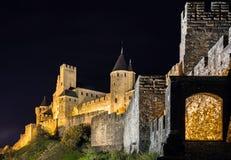 Μεσαιωνική όψη νύχτας κάστρων του Carcassone. Στοκ Εικόνες