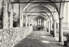 Μεσαιωνικός διάδρομος arcade στο κάστρο Telc, γραπτό Στοκ φωτογραφία με δικαίωμα ελεύθερης χρήσης