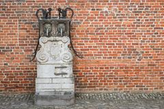 Μεσαιωνικός καλά και τουβλότοιχος Στοκ Εικόνα