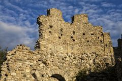 Μεσαιωνικός τοίχος του Baradello Castle, που δημιουργείται το 1159 Λίμνη Como Ιταλία Στοκ εικόνες με δικαίωμα ελεύθερης χρήσης