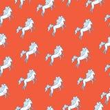 Μεσαιωνικό άνευ ραφής σχέδιο με το άσπρο άλογο Κινούμενα σχέδια doodle wallp Στοκ Εικόνες