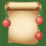 Μεσαιωνικό έγγραφο κυλίνδρων και διαφορετικές εκλεκτής ποιότητας χρυσές σφαίρες Χριστουγέννων σχεδίου στη φωτεινή κορδέλλα κάρτα  Στοκ Εικόνες