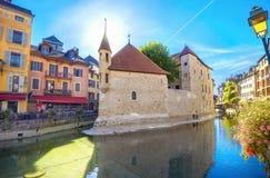 Μεσαιωνικό μουσείο φυλακών τώρα στην παλαιά πόλη του Annecy Γαλλία Στοκ Εικόνα