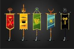 Μεσαιωνικό σύνολο σημαιών κινούμενων σχεδίων Συλλογή εικονιδίων σχεδίου παιχνιδιών διακριτικών Έννοια φαντασίας, ελεύθερη απεικόνιση δικαιώματος