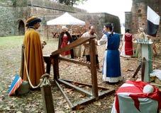 Μεσαιωνικό φεστιβάλ με τα πρωταθλήματα βαλλιστρών, Lucca, Ιταλία Στοκ Εικόνες