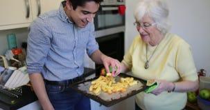 Μεσημεριανό γεύμα δοκιμής γούστου Grandma