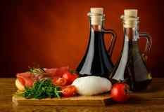 Μεσογειακά τρόφιμα Στοκ εικόνα με δικαίωμα ελεύθερης χρήσης
