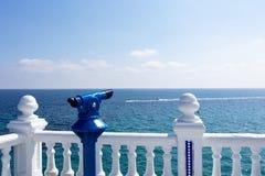 Μεσογειακή άποψη από το μπαλκόνι Στοκ εικόνες με δικαίωμα ελεύθερης χρήσης