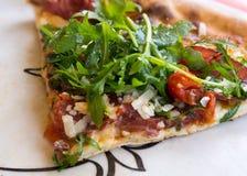 Μεσογειακή πίτσα Στοκ φωτογραφία με δικαίωμα ελεύθερης χρήσης