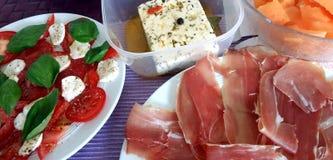 Μεσογειακό θερινό πιάτο στοκ φωτογραφία
