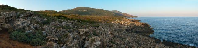 Μεσόγειος τοπίων νησιών στοκ φωτογραφία με δικαίωμα ελεύθερης χρήσης