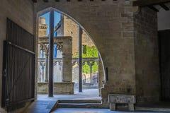 Μετάβαση και παλαιό μεσαιωνικό χωριό κατασκευών Olite Ναβάρρα Ισπανία στοκ εικόνες