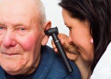 Μετάβαση στον ακουομέτρη στοκ εικόνες