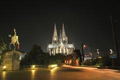 Μετάβαση στον καθεδρικό ναό Στοκ εικόνα με δικαίωμα ελεύθερης χρήσης