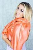 μετάξι μαντίλι ομορφιάς Στοκ εικόνα με δικαίωμα ελεύθερης χρήσης