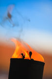 Μετακίνηση της φλόγας πυρκαγιάς Στοκ Φωτογραφίες