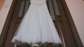 Μετακινηθείτε τον πυροβολισμό: όμορφα γαμήλια φορέματα απόθεμα βίντεο