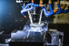 Μεταλλουργική CNC μηχανή άλεσης Στοκ Φωτογραφίες