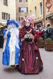 Μεταμφιεσμένο ζεύγος - Annecy ενετικό καρναβάλι 2013 Στοκ εικόνα με δικαίωμα ελεύθερης χρήσης