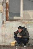 Μετανάστες σε Βελιγράδι κατά τη διάρκεια του χειμώνα στοκ φωτογραφίες με δικαίωμα ελεύθερης χρήσης