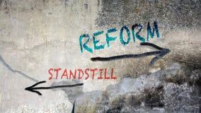 Μεταρρύθμιση γκράφιτι οδών εναντίον του σταματήματος ελεύθερη απεικόνιση δικαιώματος