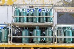 Μεταφορά και αποθήκευση κυλίνδρων αερίου Στοκ Εικόνες