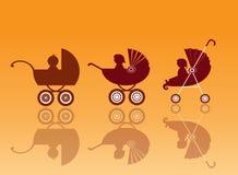 Μεταφορά μωρών στα πορτοκαλιά υπόβαθρα, καροτσάκι, απεικόνιση Στοκ Εικόνες