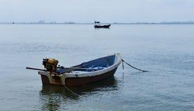 Μεταφορές λίγου θαλάσσιου ψαρέματος βαρκών στοκ εικόνες με δικαίωμα ελεύθερης χρήσης