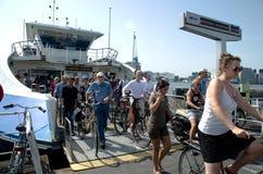 Μεταφορές πορθμείων στο Άμστερνταμ στοκ εικόνες με δικαίωμα ελεύθερης χρήσης