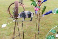 Μετρητής βροχής τέχνης χορτοταπήτων στοκ φωτογραφία με δικαίωμα ελεύθερης χρήσης
