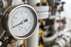 Μετρητής πίεσης σε λειτουργία πετρελαίου και φυσικού αερίου Στοκ φωτογραφίες με δικαίωμα ελεύθερης χρήσης