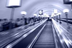 μετρό κυλιόμενων σκαλών στοκ φωτογραφία με δικαίωμα ελεύθερης χρήσης