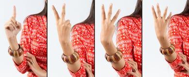 Μετρώντας ινδική γυναίκα χειρονομίας Στοκ εικόνα με δικαίωμα ελεύθερης χρήσης