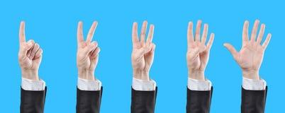 Μετρώντας χέρια επιχειρηματιών Στοκ φωτογραφία με δικαίωμα ελεύθερης χρήσης