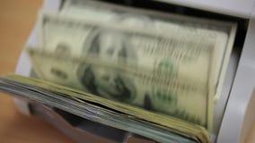 μετρώντας χρήματα μηχανών απόθεμα βίντεο