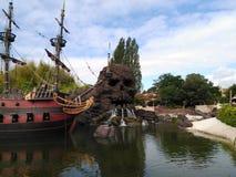 Μελαχροινοί πειρατές carabel του caribe Disneyland Στοκ Φωτογραφία