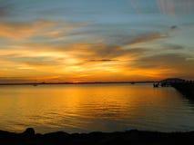 Μελβούρνη, Φλώριδα, ηλιοβασίλεμα Ιανουαρίου στοκ εικόνες
