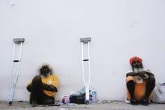 Με ειδικές ανάγκες άτομο και ένα θρησκευτικό άτομο σε Pushkar, Ινδία Στοκ φωτογραφίες με δικαίωμα ελεύθερης χρήσης
