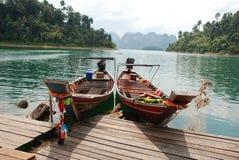 Με μακριά ουρά βάρκες στοκ εικόνες