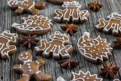 Μελοψώματα Χριστουγέννων με το γλυκάνισο αστεριών Στοκ φωτογραφία με δικαίωμα ελεύθερης χρήσης