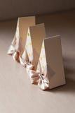 Με σχήμα κουτιού κομμάτι του κέικ Bonbonniere Στοκ Εικόνες