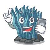 Με το τηλεφωνικό μπλε φύκι στη μασκότ μορφής απεικόνιση αποθεμάτων