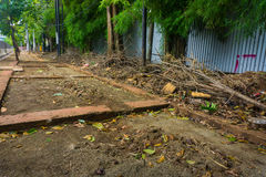 Μην διατηρημένος πεζός χωρίς τη φωτογραφία φραγμών πεζοδρομίων που λαμβάνεται στην Τζακάρτα Indonesa Στοκ Εικόνες