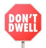Μην κατοικήστε προειδοποίηση σημαδιών στάσεων βασανίζει σταθεροποιεί πέρα από τις λεπτομέρειες διανυσματική απεικόνιση