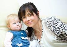 Μητέρα και κόρη, εσωτερικός βλαστός Στοκ Φωτογραφίες